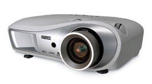 Beamer: Epson EMP TW 700 (Foto: Epson)