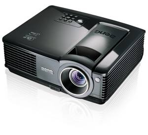 Günstiger Business-Beamer: BenQ MP512