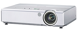 Business-Profi: Panasonic PT LB80E Beamer