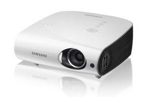 Im Meeting: Samsung SP-L331 W Business Beamer