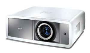 Recht leise: Sanyo PLV-Z800 Full HD Heimkino Beamer