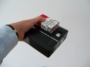 Test Mini Beamer Scenelights Home Cinema DL 300 (Foto: juergenlueck.com)