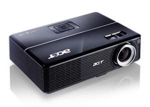 Power-Paket: Acer P1206 Business Beamer