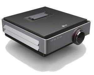 Einer der Besten: LG CF3D Full HD Profi Heimkino Beamer