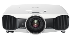 Hohes Niveau: Epson EH-TW9000 3D Full HD Heimkino Beamer