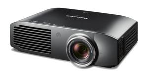 Hervorragend: Panasonic PT-AT 5000 3D Full HD Heimkino Beamer