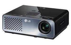 Tauglich für daheim: LG HW300G Heimkino Beamer