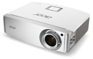Acer H9505BD: Tageslichttauglicher Full HD-Projektor fürs Heimkino